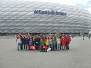 D-Jugend bei der Allianz Arena